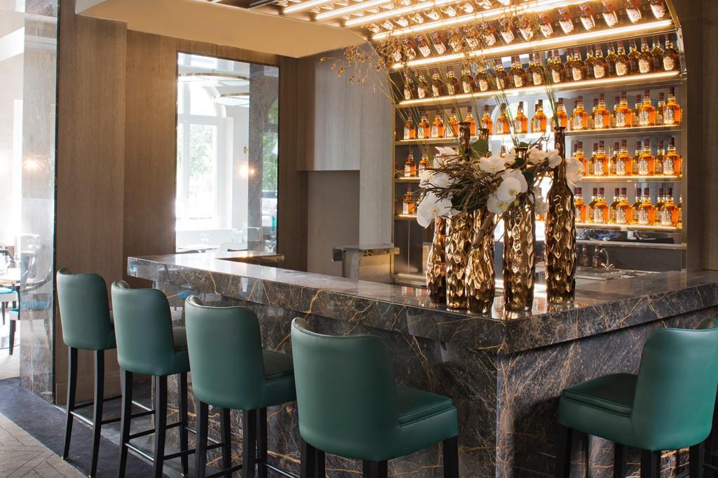 victoria-1836-bar-cocktail-paris