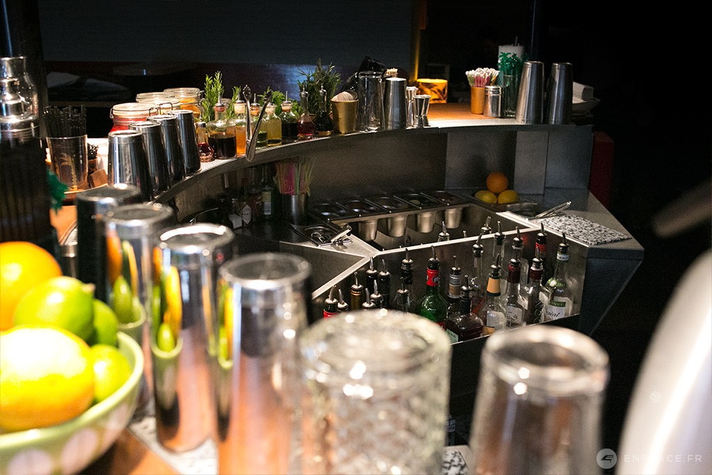lonepalm-bar-cocktail-paris-02