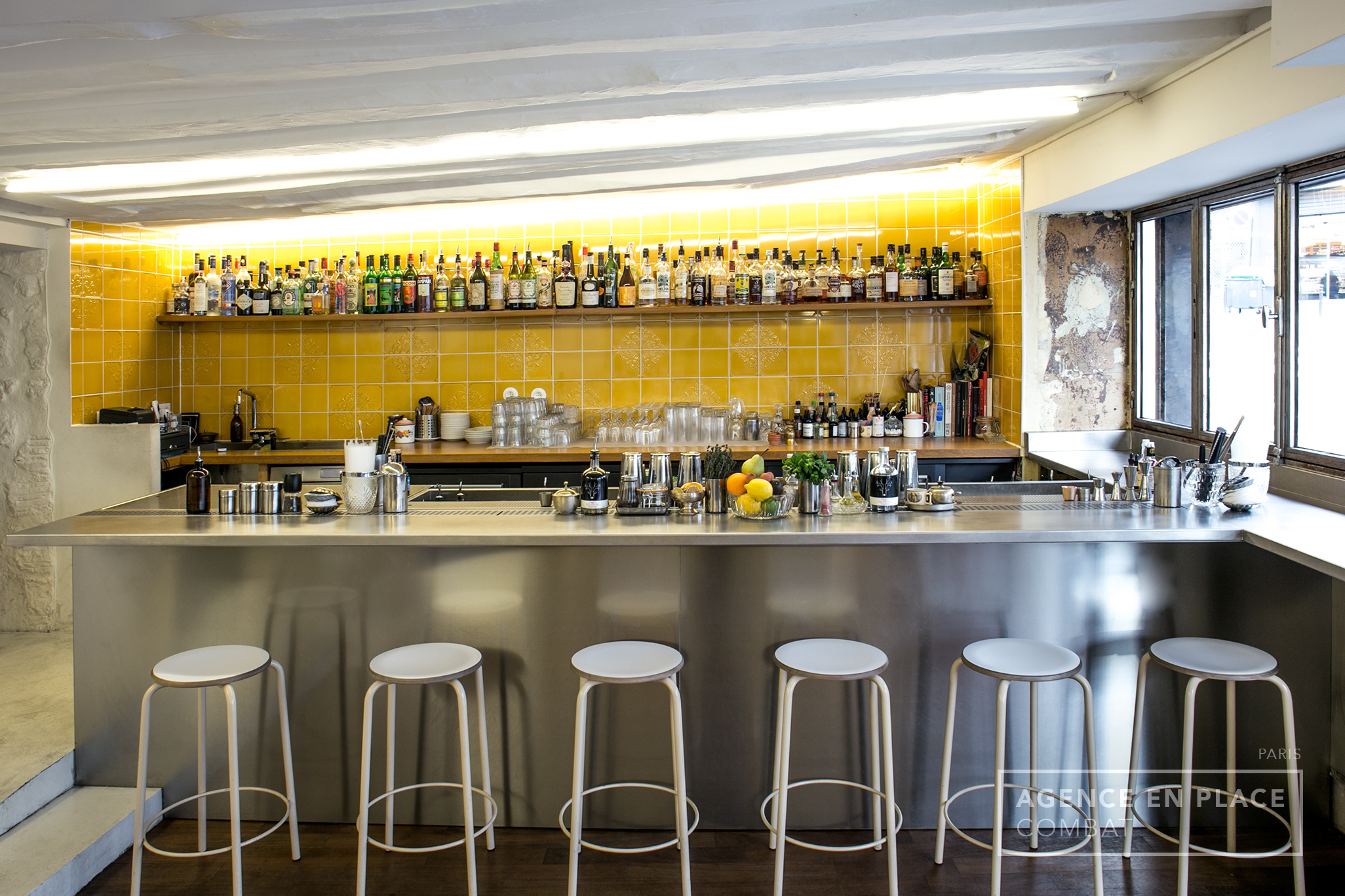 combat-cocktailsbar-agenceenplace-000
