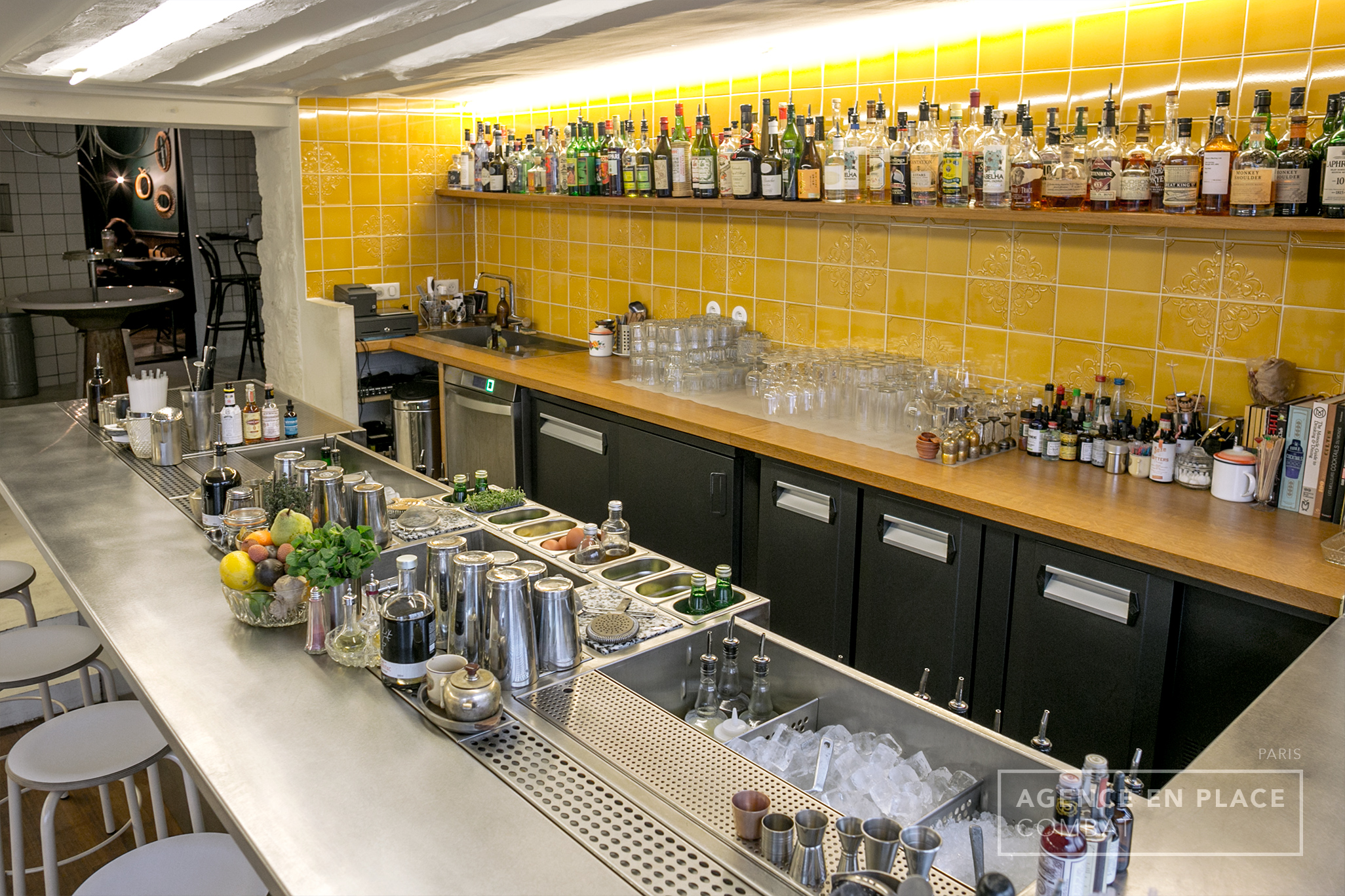 combat-cocktailsbar-agenceenplace-001